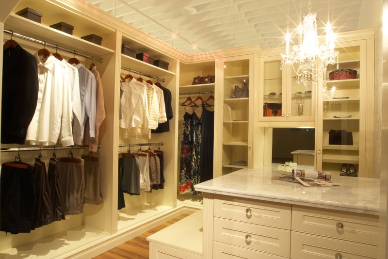 walk-in closet dressing room