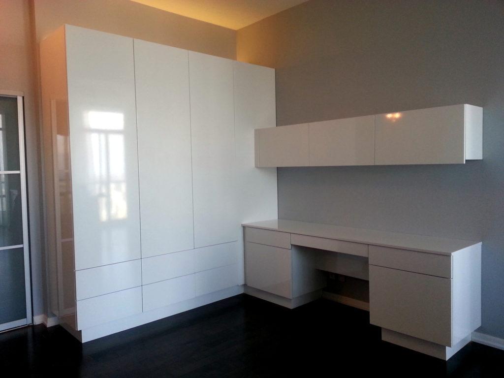 highgloss; touch latch; modern cabinet; condo life