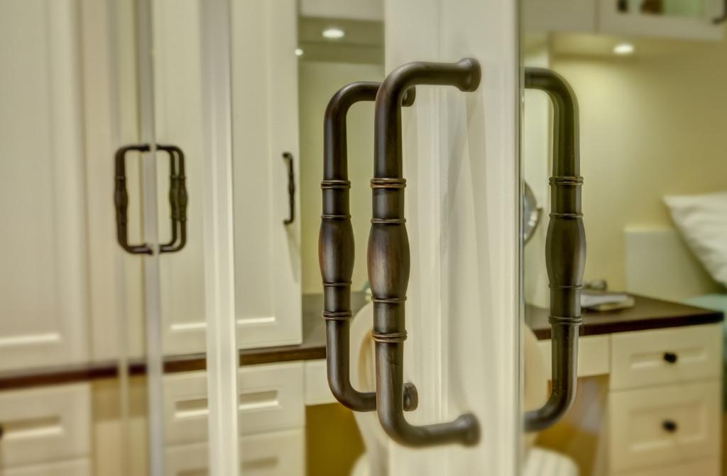 oil-rubbed bronze hardware