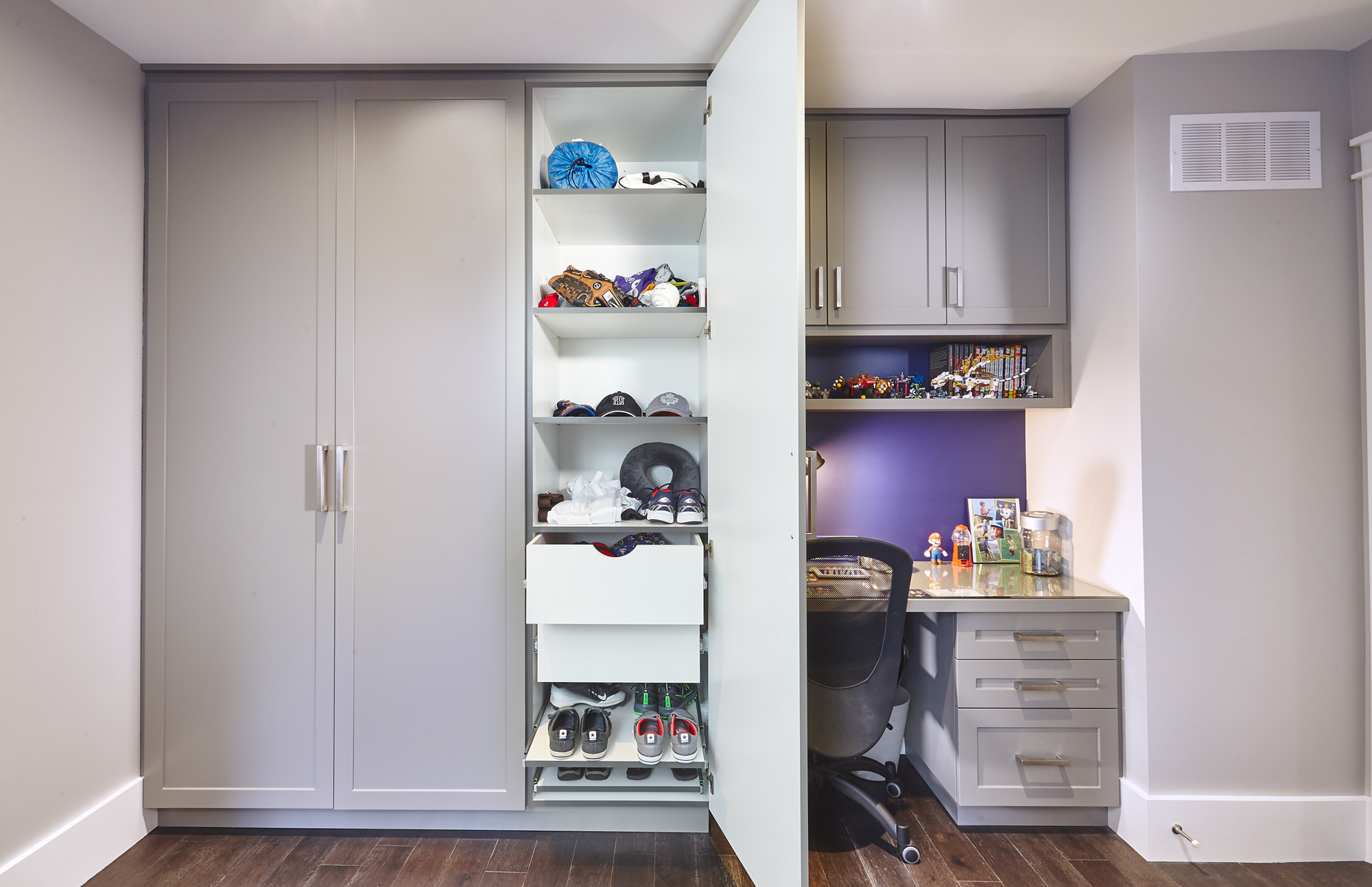 Admirable 2 Great Kids Bedroom Built Ins Space Solutions By Download Free Architecture Designs Jebrpmadebymaigaardcom